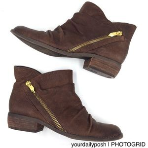 Dark brown leather Fergie zippered ankle boots 7